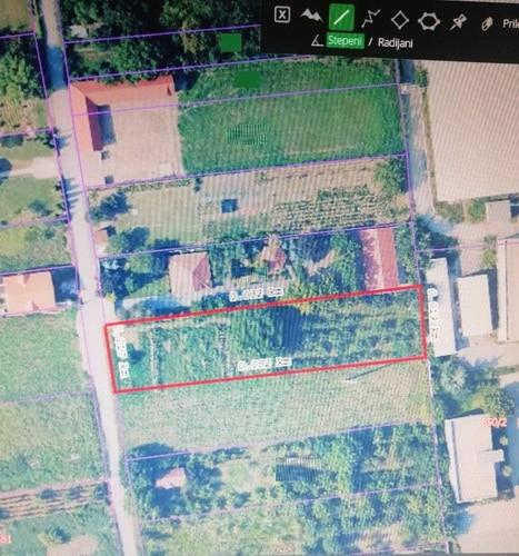 Plac Surcin građevinsko zemljište