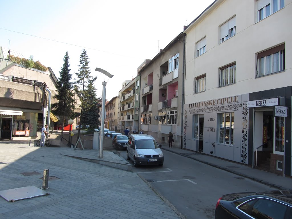 Izdajem stan Banja Luka, centar
